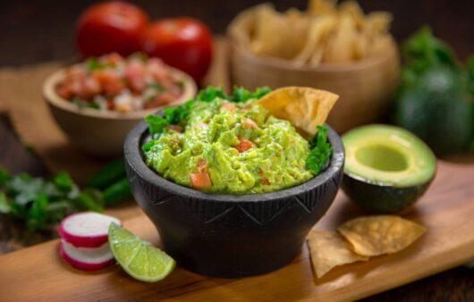 how to make guacamole salsa