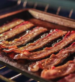 How To Cook Turkey Bacon In The Oven (Best Way)