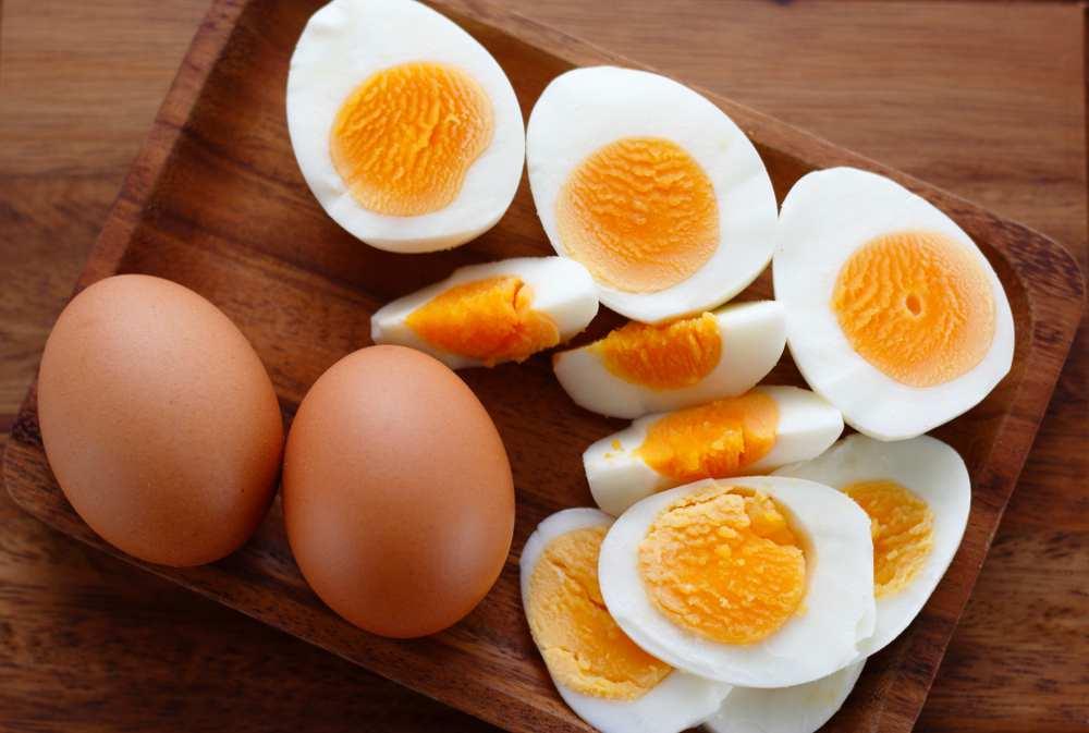 hard boiled eggs in microwave