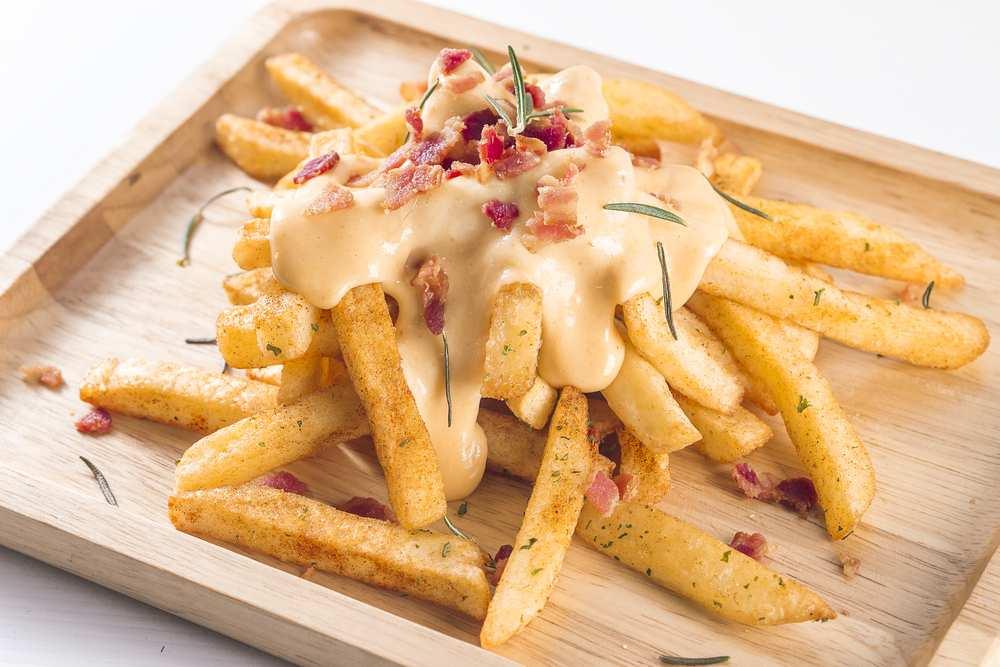 fries cheese sauce