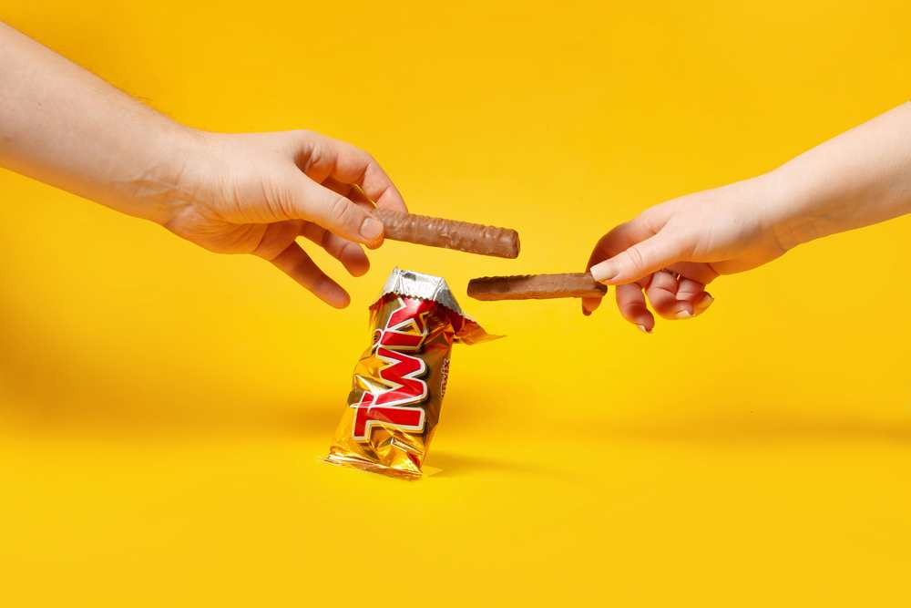 difference between left and right twix