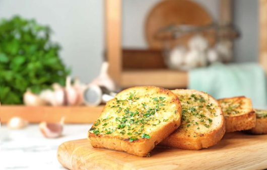 how to make garlic bread with regular bread