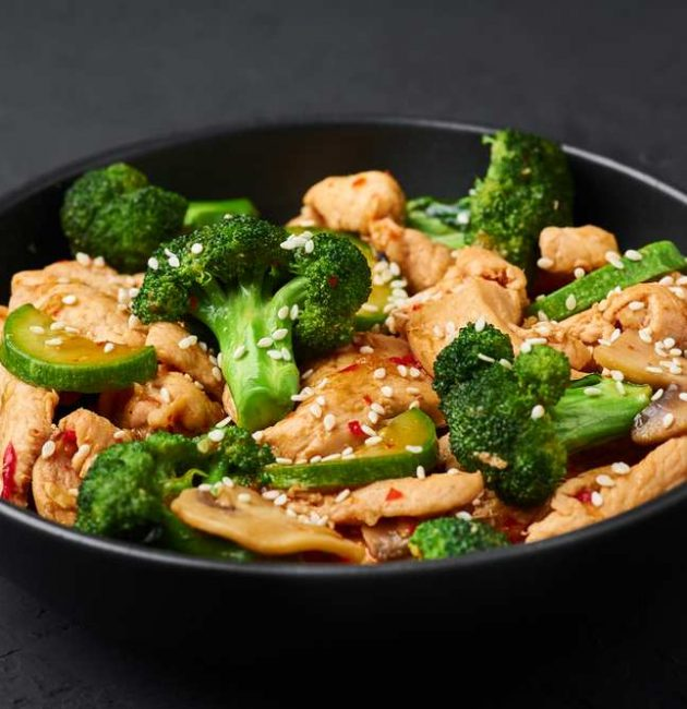 what is the difference between hunan chicken and szechuan chicken